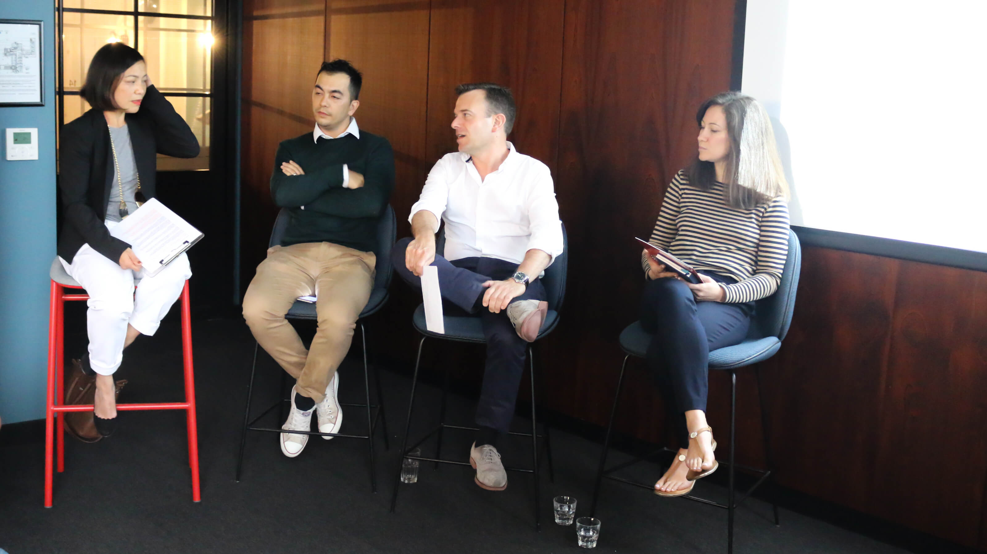 discussion of the challenges of fashion marketing